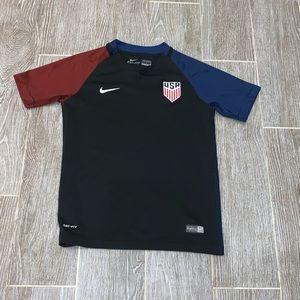 Nike USA soccer jersey women's size medium
